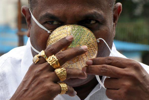 Dünyanın ən bahalı maskası ilə dillərə düşdü – FOTO