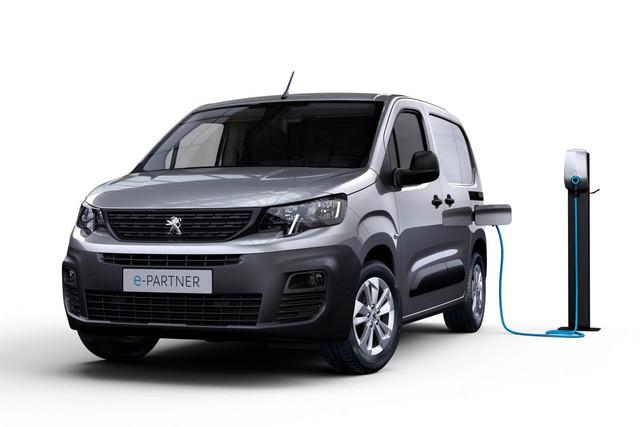 2018 - [Peugeot/Citroën/Opel] Rifter/Berlingo/Combo [K9] - Page 10 E3-BC021-D-F733-4-FC0-8228-43-EBE0-B5-DE6-B