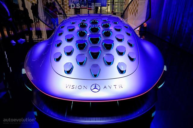 2020 - [Mercedes] Vision Avtr concept C9-CF0-B36-BE8-F-432-E-ABD7-1-C9-A851-DFAB5