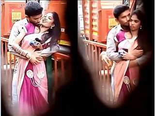 DESI TAMIL LOVER OUTDOOR ROMANCE