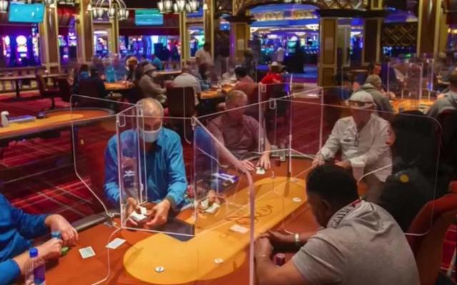 Poker-Plexiglass