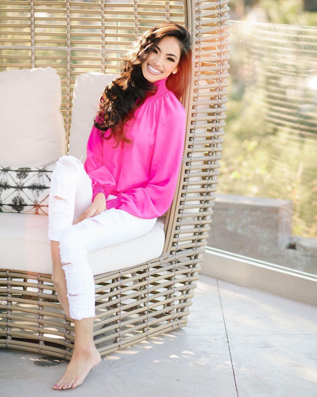 Bryiana-Noelle-Flores