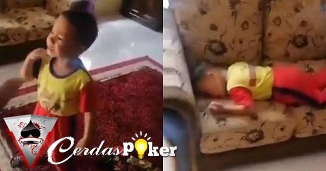 Bocah ini menangis tak mau sekolah, alasannya tak terduga