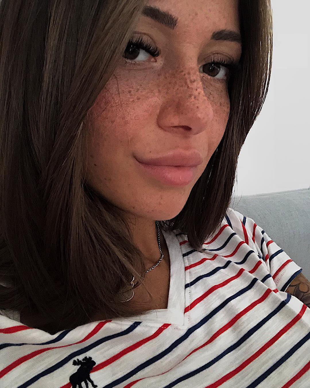 Francesca-Lannuario-Melillo-Wallpapers-Insta-Fit-Bio-4