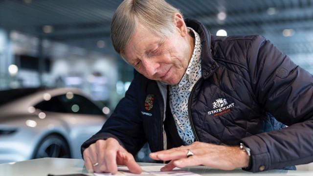 Célébrer une icône néerlandaise de la course automobile: la 911 unique avec l'empreinte digitale de Gijs van Lennep PA-9769