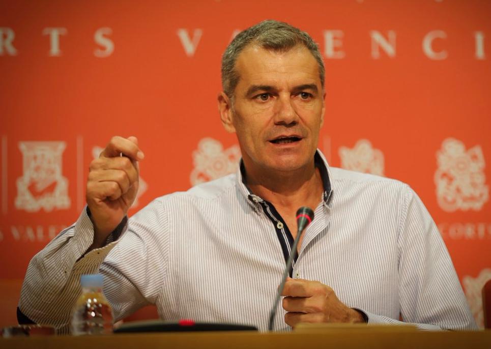 Toni Cantó vuelve a cambiar de Partido Político. - Página 6 Xjsd93fe3994a4