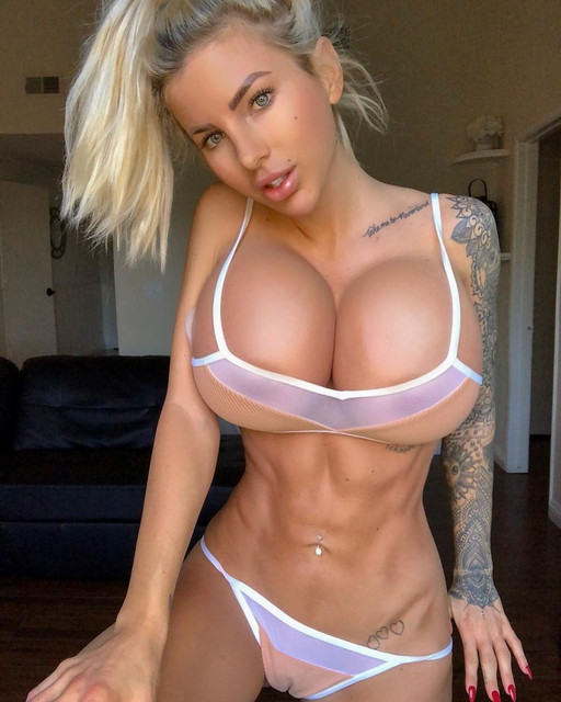 HOTTEST-OF-ALL-TIME-Jessica-Weaver-MORPH