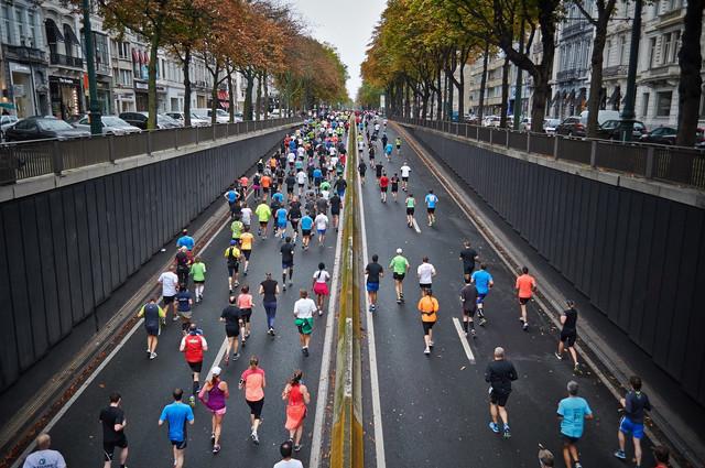 https://i.ibb.co/WsC7Zsf/street-marathon-1149220-1920.jpg
