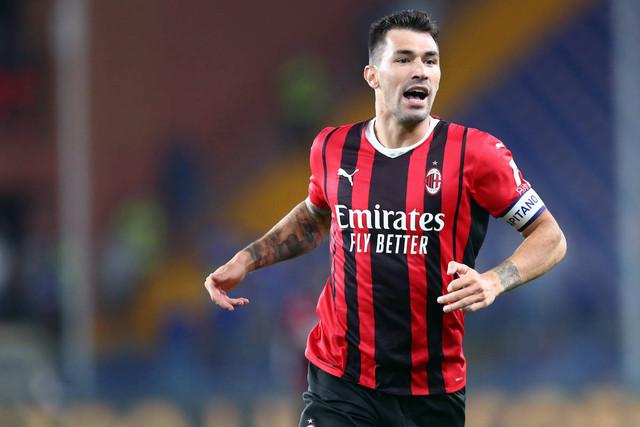 Uc-Sampdoria-v-Ac-Milan-Genova-Italy-23-August-2021-Alessio-Romagnoli-of-Ac-Milan-looks-on-during-th