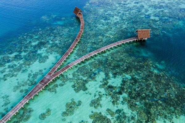 7 Surga Alam Indonesia yang Lebih Indah dari Maldives, Keren Banget!