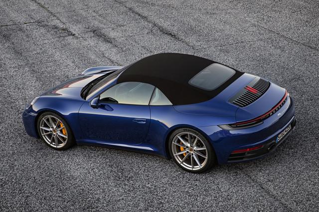 2018 - [Porsche] 911 - Page 13 Porsche-911-carrera-4s-cabriolet-67