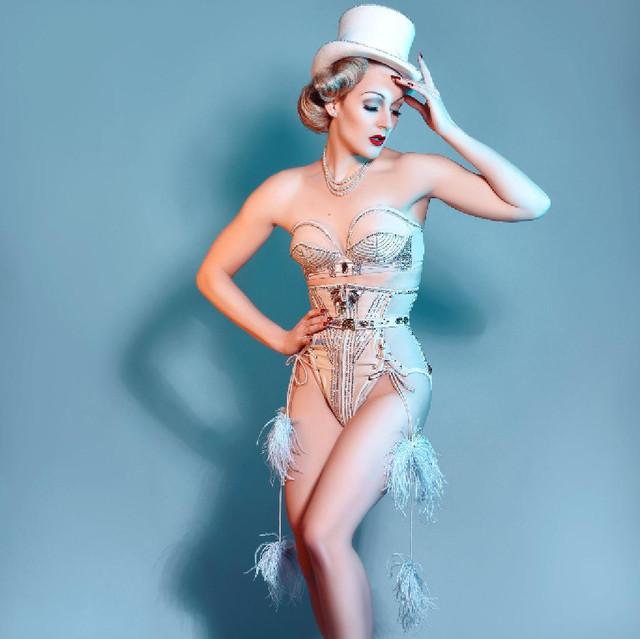 1219569-1-the-velvet-burlesque-presents-cupid-stunts-1024