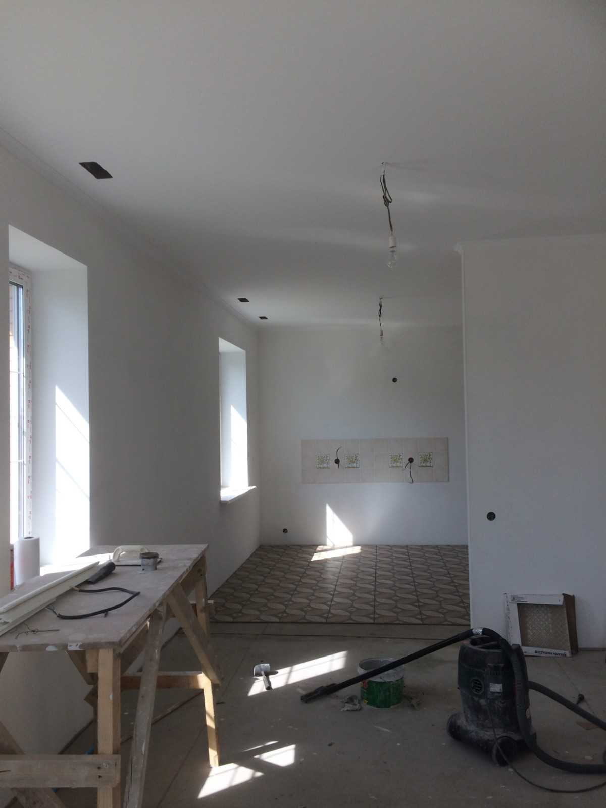 Living-room-wall-puttying