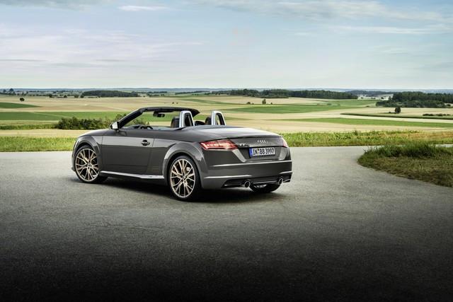 Accent sportif : l'Audi TTS competition plus A208531-medium