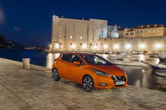 Nissan et le orange: Une histoire d'Halloween  426169324-1-5-source