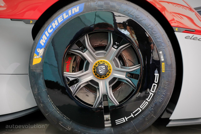 2021 - [Porsche] Mission R - Page 2 4-F13-BB14-A180-449-B-8386-2-B752-C648253
