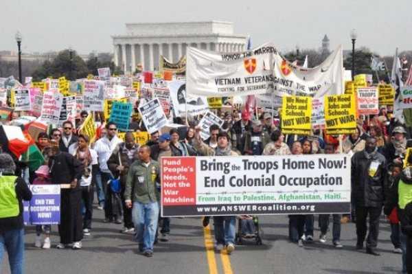 Антивоенная демонстрация в США