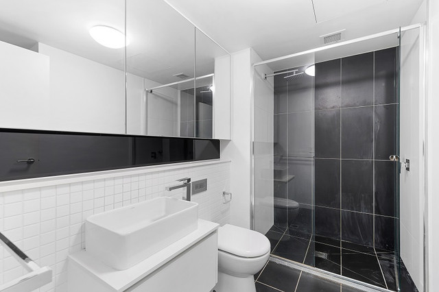 Buy The Best Black Bathroom Accessories With These Tips