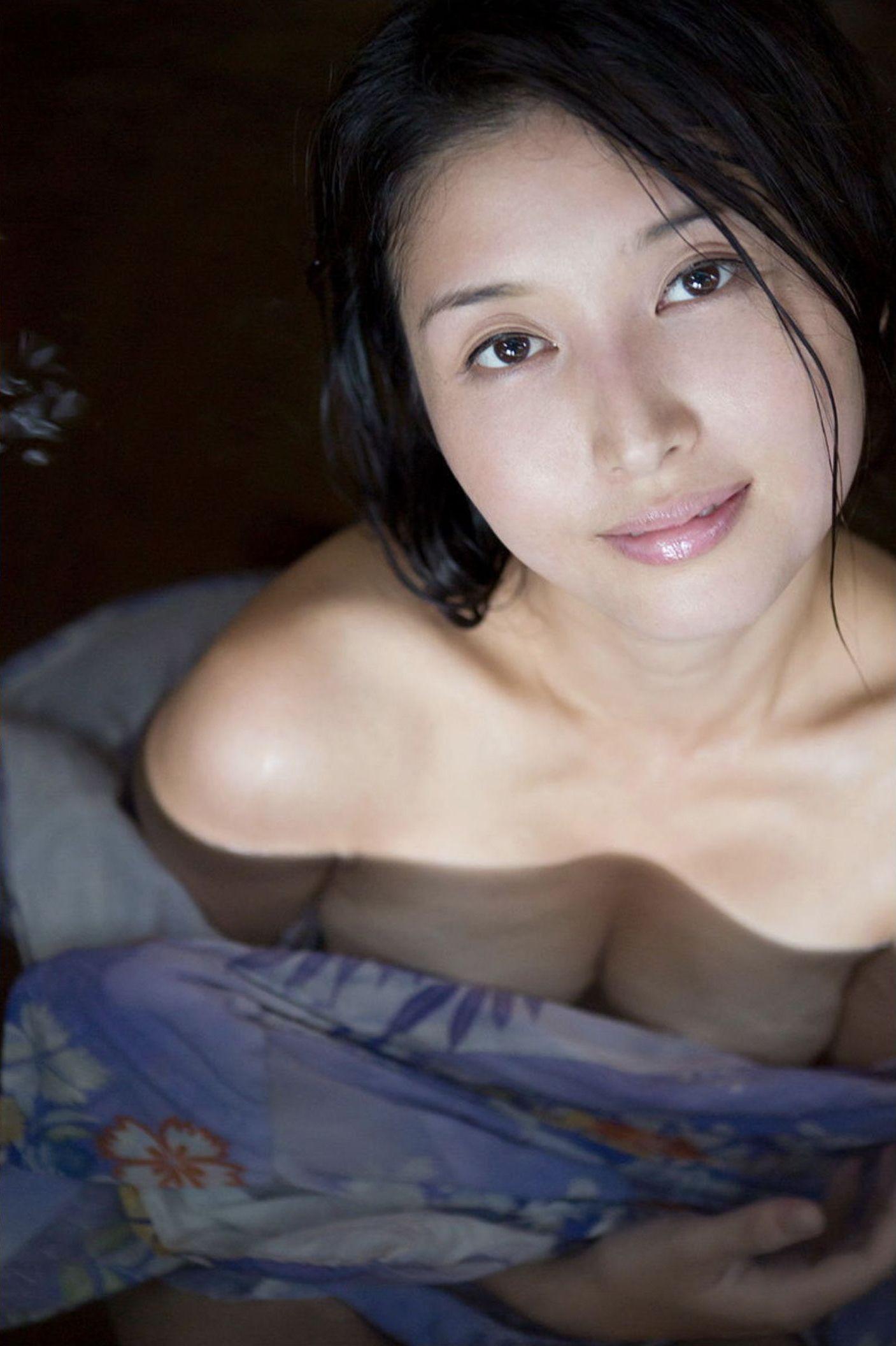 『愛の記憶』橋本マナミ デジタル写真集 043