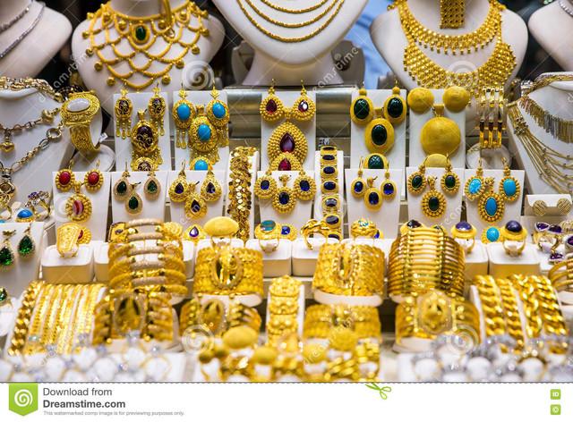 istanbul-capital-turkey-gold-jewelry-grand-bazaar-80262957.jpg