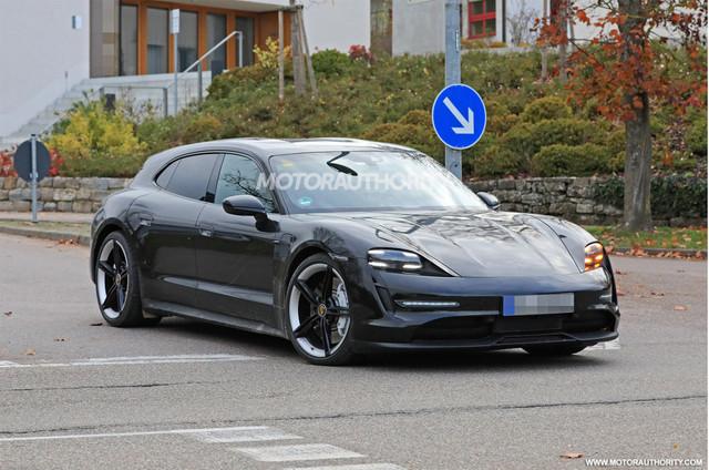 2020 - [Porsche] Taycan Sport Turismo - Page 3 07-E0354-E-7859-4711-BCD0-E02779348-C7-C