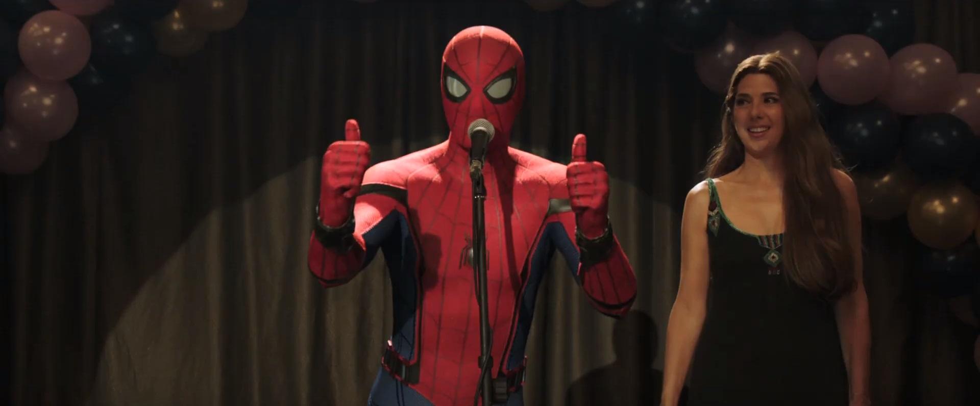 Homem-Aranha e Tia May - Spider-Man Far From Home