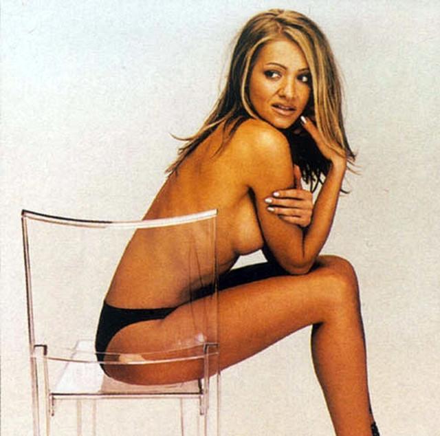 Dara-Rolins-Playboy-1999-jen-02