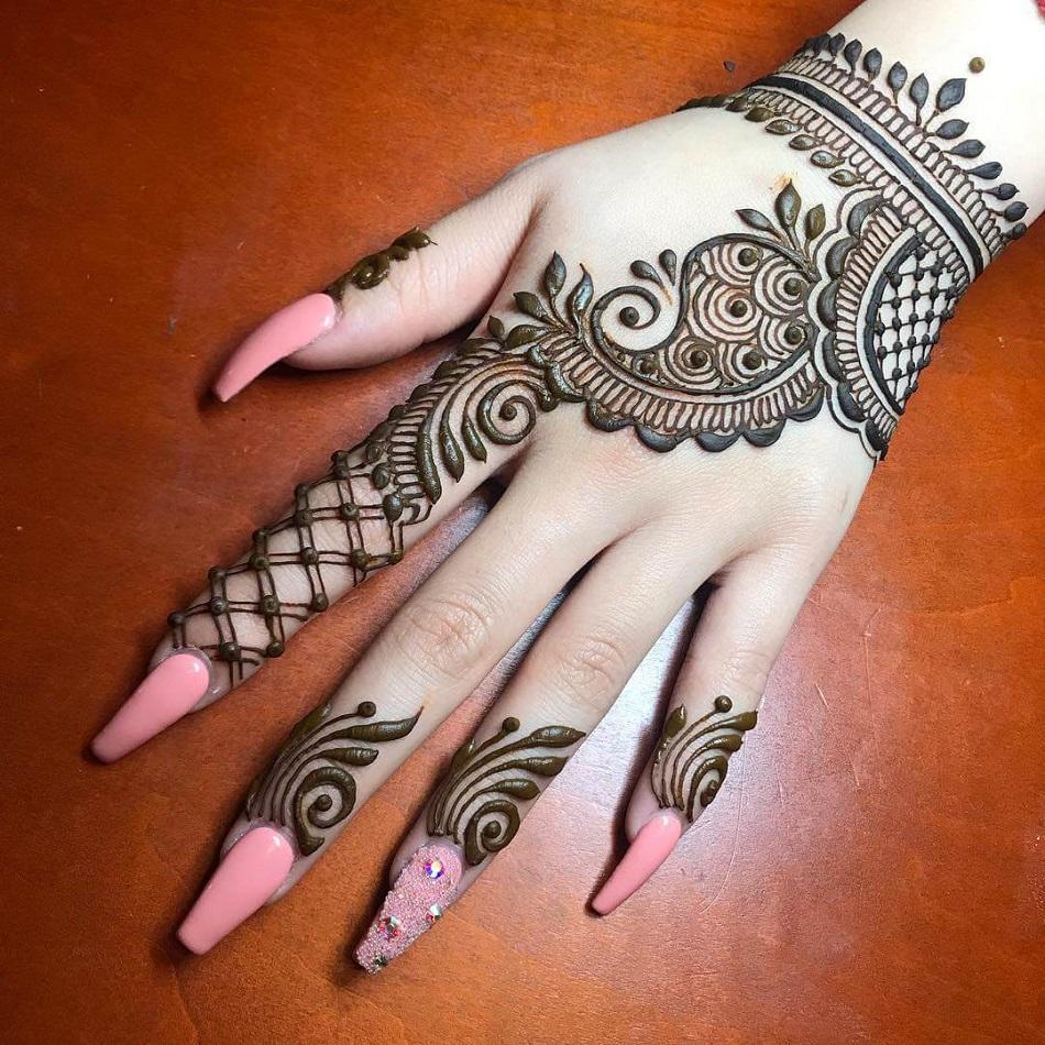 Simple-Arabic-Mehndi-Designs-for-Left-Hand