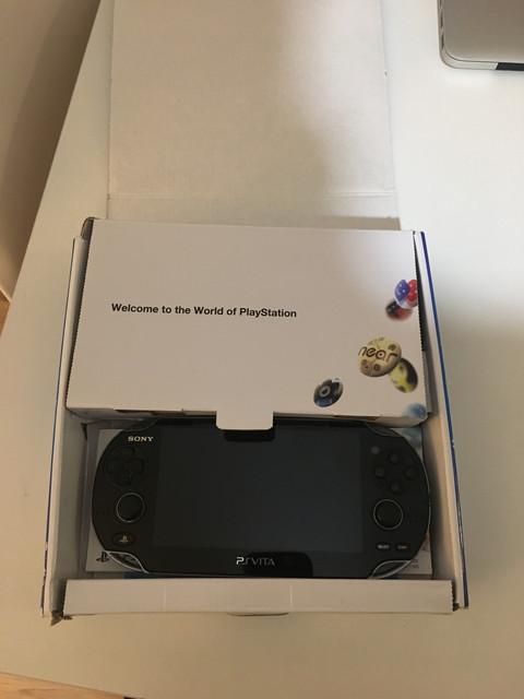 [Vendu] PS Vita Wifi enso sd2vita 128Go en boîte 80€ D4-B805-E3-69-FE-4-D31-8-B29-2-CE6-F45-B2187