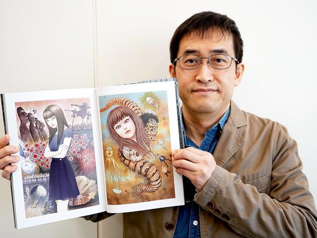 伊籐潤二在Comic-Con 2020上接受採訪時表示:「我和小島秀夫監督一直在進行討論,他似乎正在做一款恐怖遊戲,並且邀請我一同工作。不過目前暫時沒有更多細節。」 Image