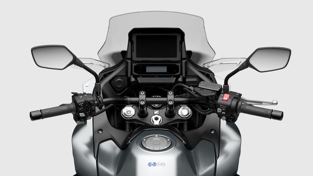 2022-HONDA-NT1100