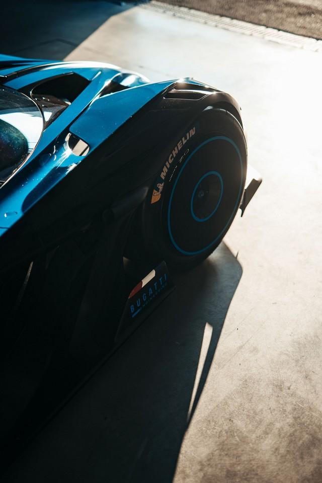 Édition de photos de Bugatti – Le Bolide de Bugatti est bien vrai Bugatti-day-snap-3