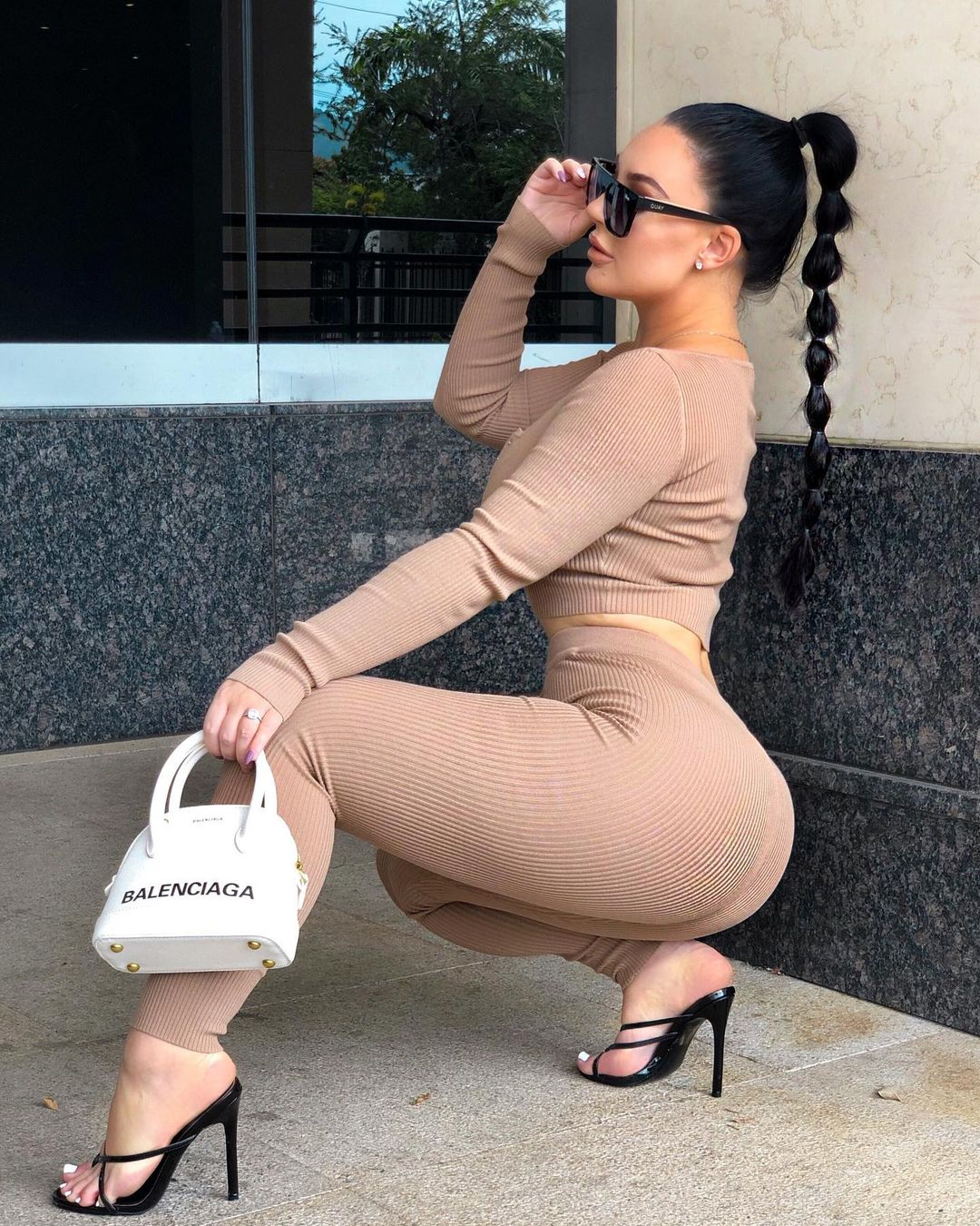 Loulabellee-Wallpapers-Insta-Fit-Bio-Louise-Ella-Wallpapers-Insta-Fit-Bio-12