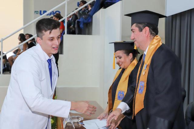 Graduacio-n-Medicina-66