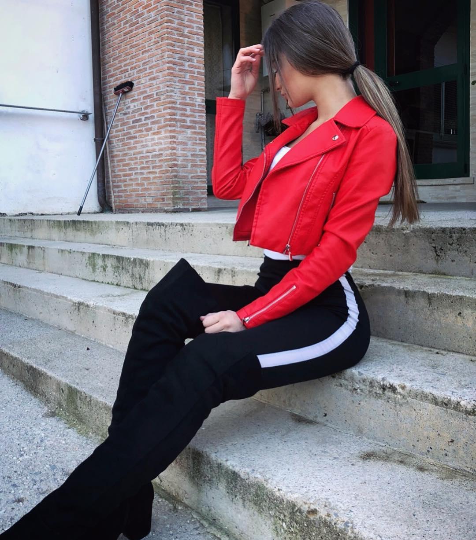Giulia-Corrado-Wallpapers-Insta-Fit-Bio-13