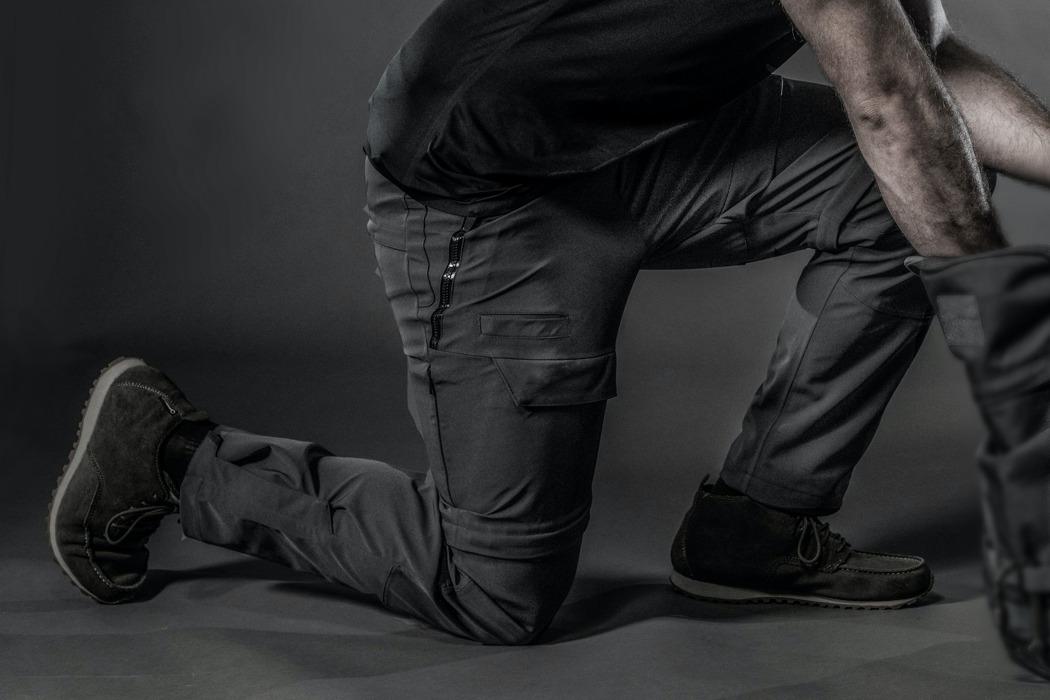 Брюки OMEGA - перші в світі інтегровані графенові штани
