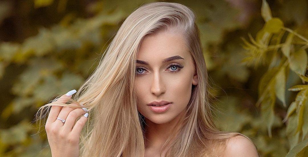 Aleksandra-Mucha-Wallpapers-Insta-Fit-Bio-8