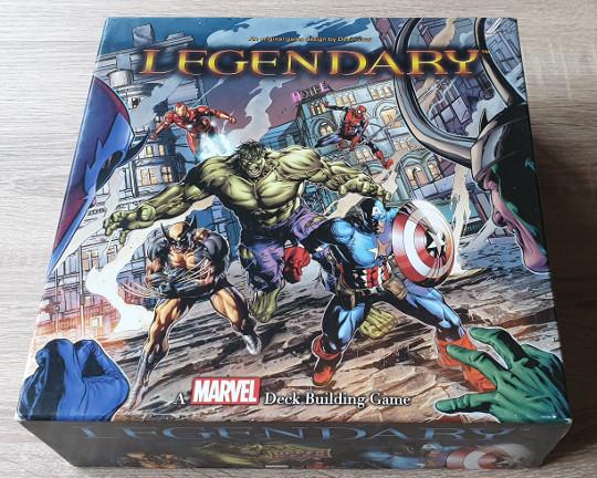 De doos van Marvel Legendary.