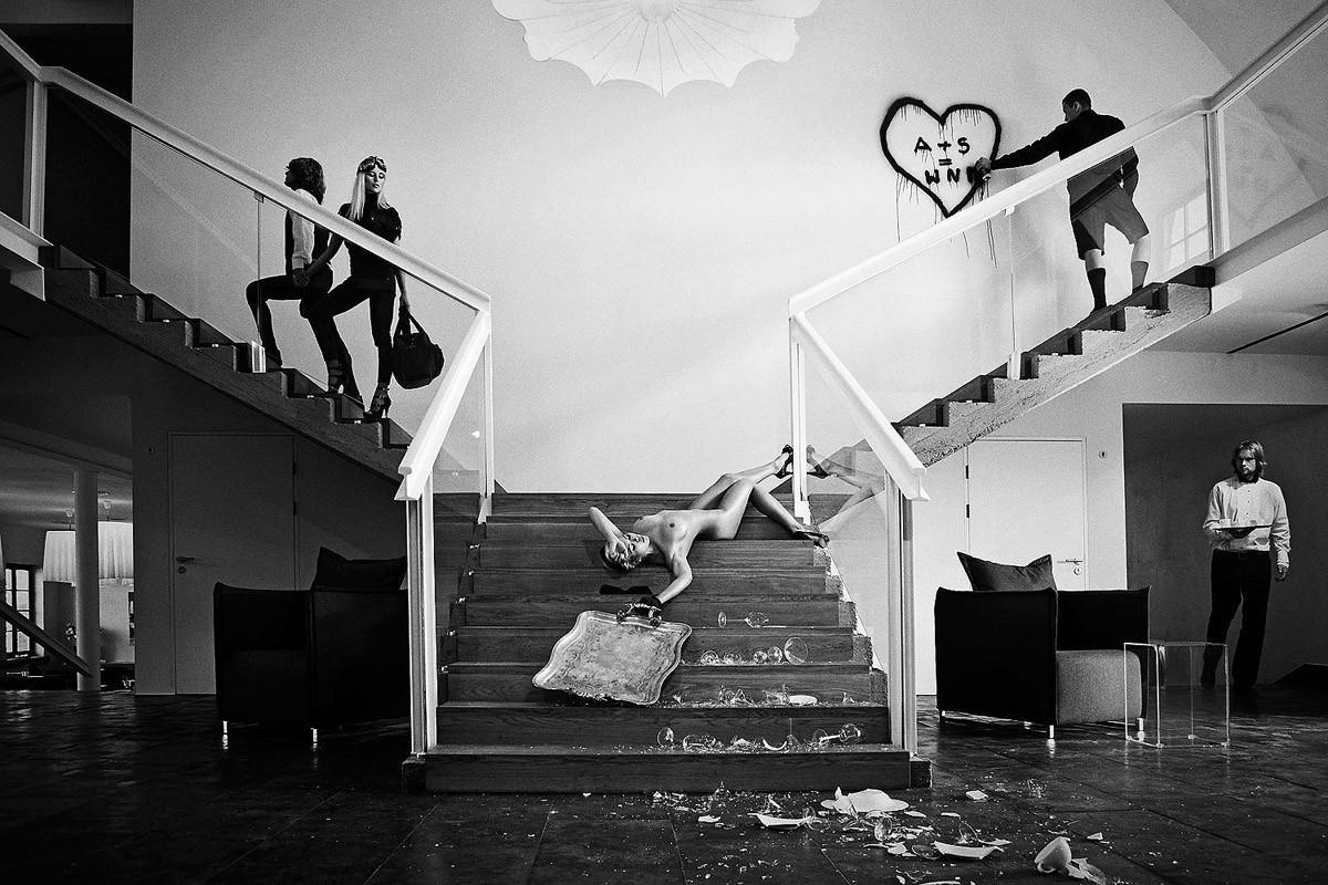 Динамичная красота в эротичных фотографиях Саймона Бродзиака 10