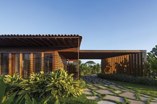 6-Casa-JCA-em-Trancoso-Bahia-Bernardes-Arquitetura-foto-Leonardo-Finotti-Archdaily