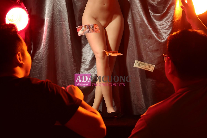 Prostitute-160-Y-Leg-11