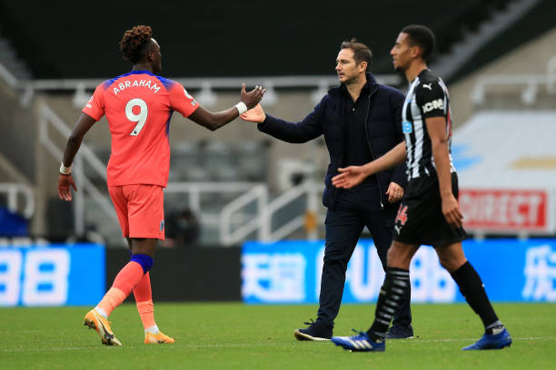 NEWCASTLE-UPON-TYNE-ENGLAND-NOVEMBER-21-Tammy-Abraham-of-Chelsea-and-Frank-Lampard-Manager-of-Chelse