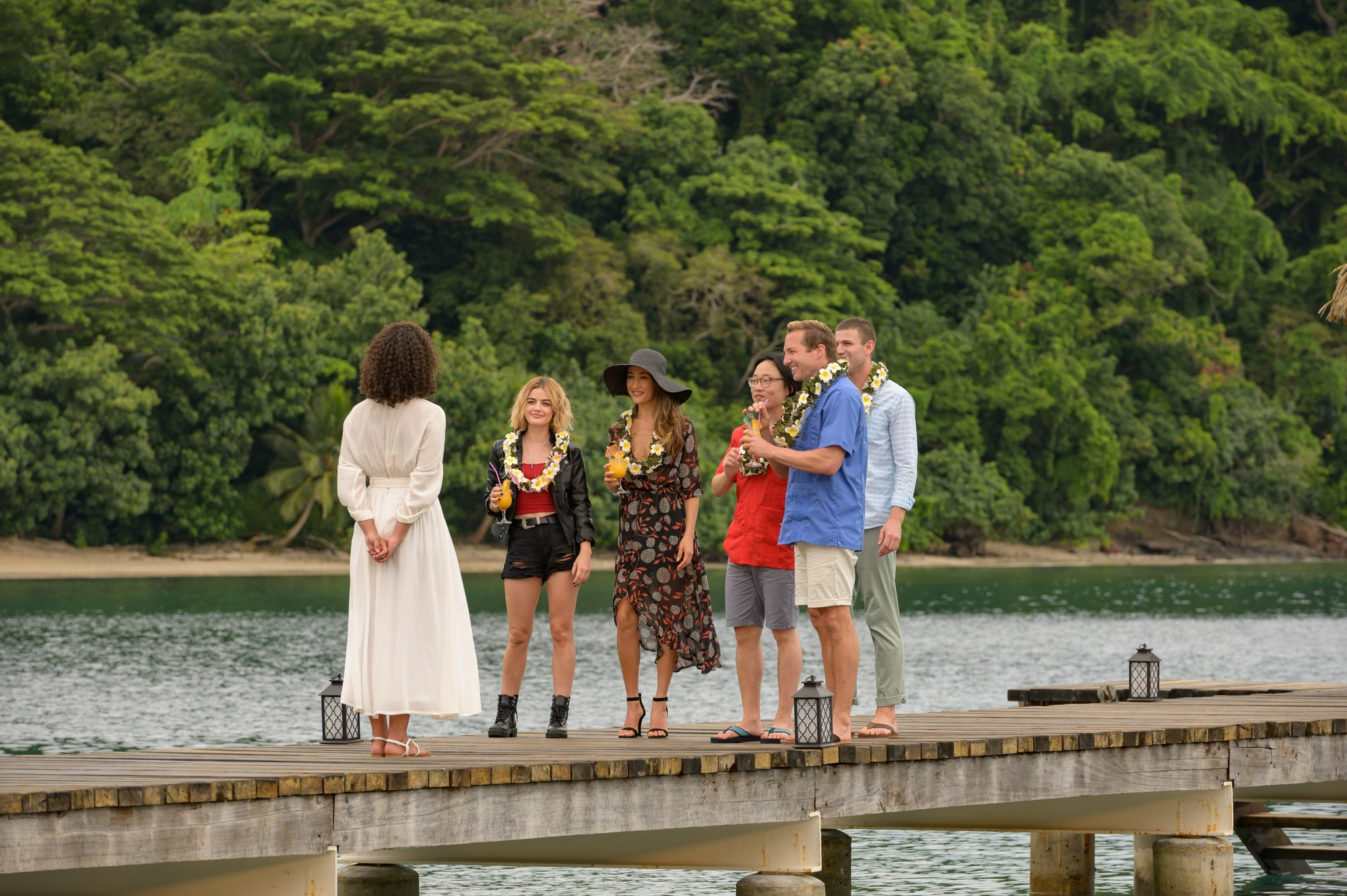 Parisa-Fitz-Henley-Lucy-Hale-Maggie-Q-Jimmy-O-Yang-Ryan-Hansen-and-Austin-Stowell-in-Columbia-Pictur