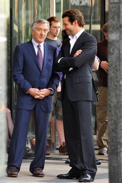 Eddie Morra (Bradley Cooper) on the right with Carl Van Loon (Robert De Niro)