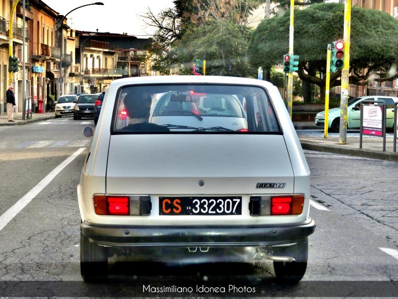 avvistamenti auto storiche - Pagina 3 Fiat-127-C-900-45cv-14-LUGLIO-77-CS332307-1