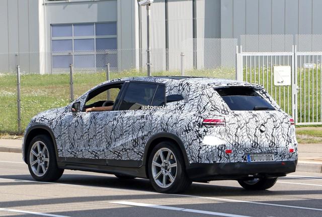 2022 - [Mercedes-Benz] EQS SUV - Page 3 369-D9-B1-F-9924-4-A95-894-F-F1-F6-C5109573