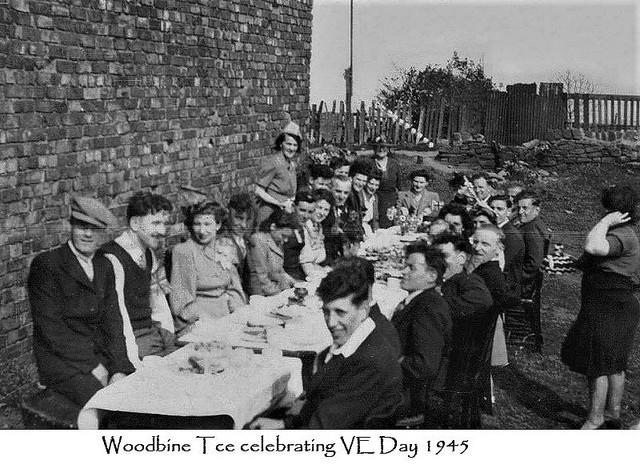 Felling-Woodbine-Tce-Adults-celebrate-VE-Day-1945