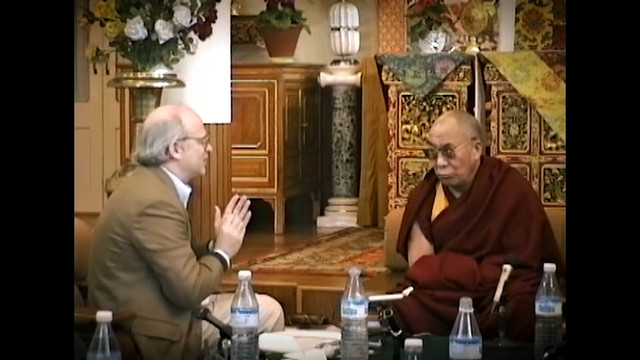 The-Dalai-Lama-Scientist-2019-1080p-WEBRip-x265-RARBG-mp4-snapshot-00-16-39-2021-05-07-17-57-48
