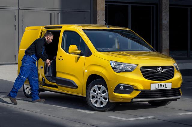 2018 - [Peugeot/Citroën/Opel] Rifter/Berlingo/Combo [K9] - Page 9 3-A7-C59-F9-3014-48-A5-BA0-C-058016-DD9-CFE