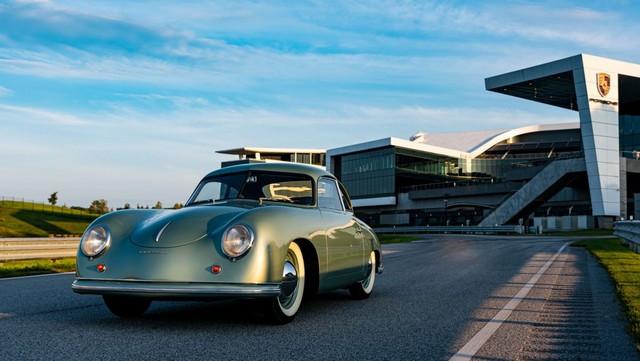 Porsche fête ses 70 ans en Amérique B-20200901-b-0445